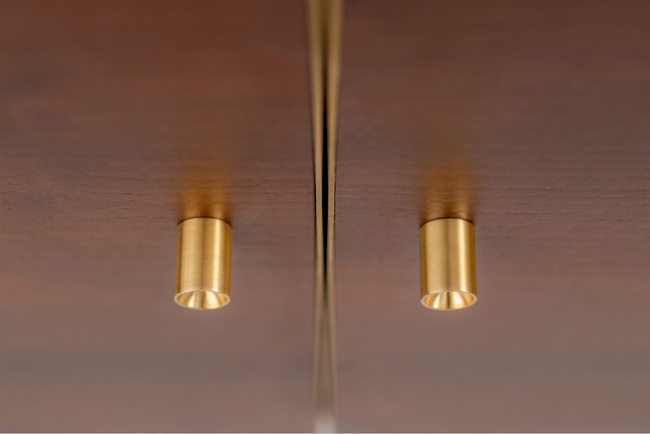 Roller-shaped handles